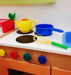 子供用のキッチンのおもちゃ