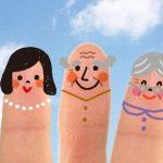 3世代家族の指人形