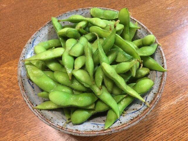 おいしそうな枝豆