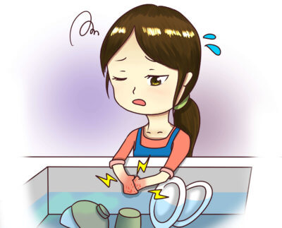 お皿洗いで手荒れがひどい