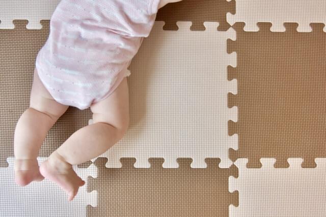赤ちゃんの下半身の成長